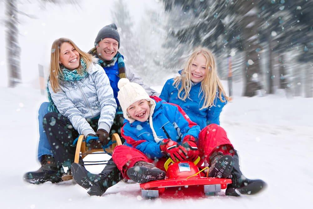 colorado-ski-resort-sledging-lumiere